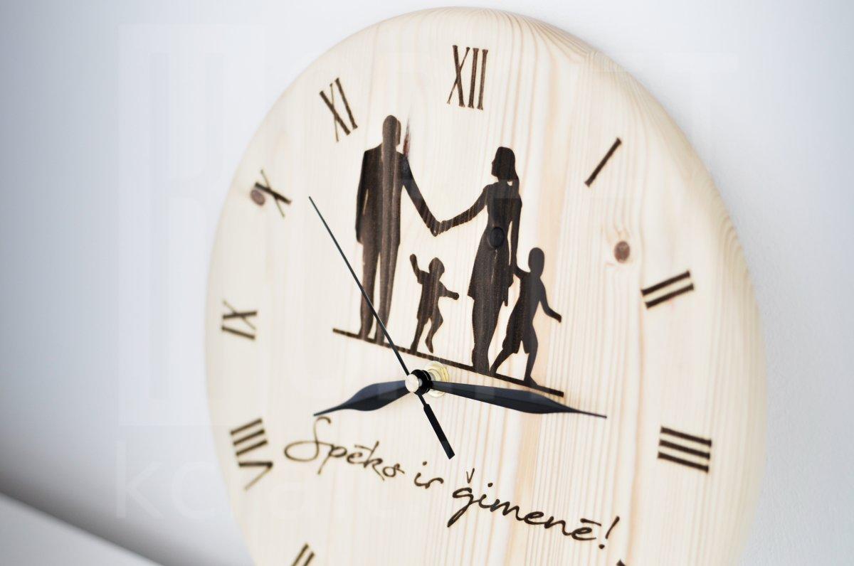 "Pulkstenis - ""Ģimene"""